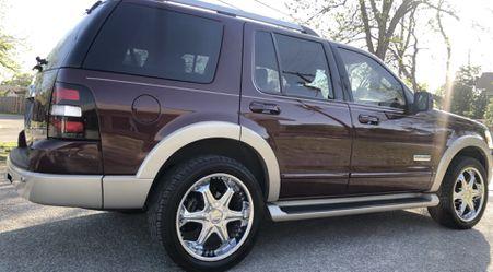 2007 Ford Explorer Thumbnail