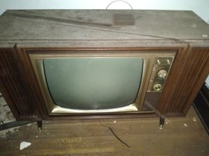 Old t.v for Sale in Columbus, OH