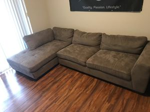 Sectional Couch (1 Year Old) for Sale in Hialeah, FL