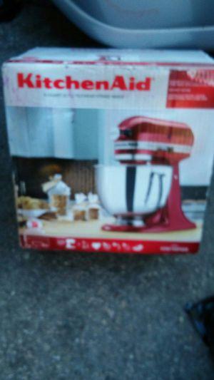 5 quart tilt head /stand mixer for the baker in your family for Sale in Salt Lake City, UT