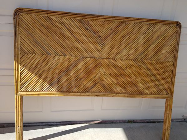Queen Size Bamboo Headboard Great Condition For Sale In