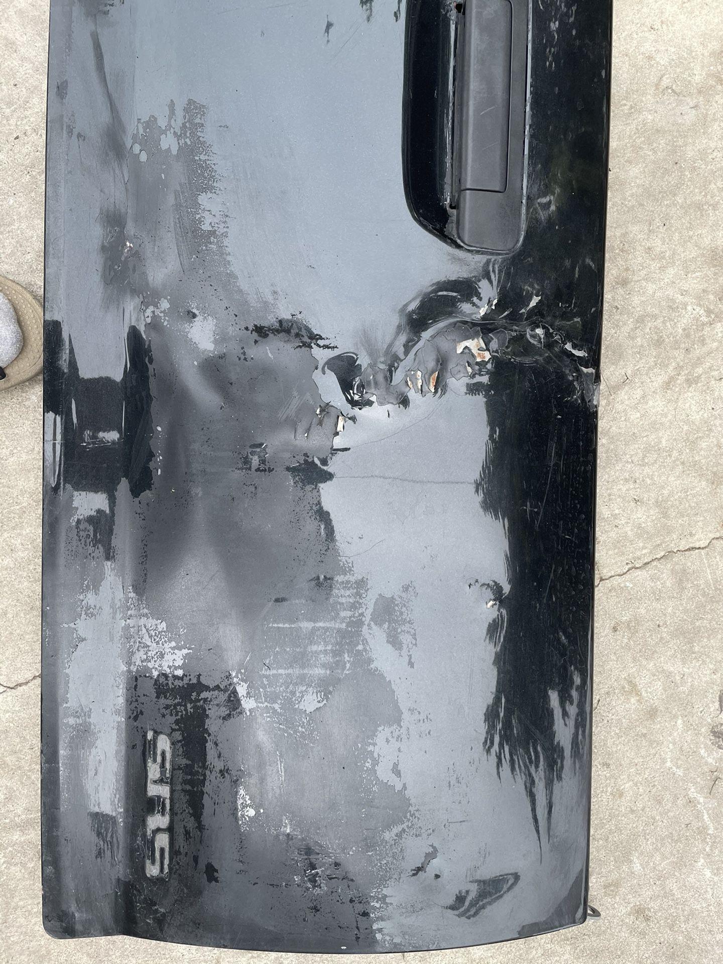 Toyota Tacoma Tailgate