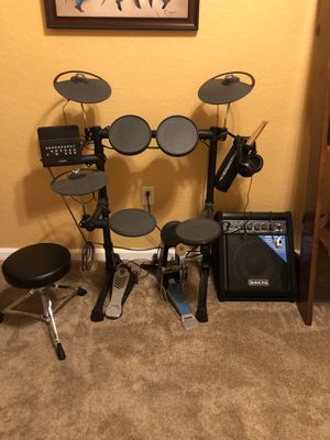 Yamaha DTX450K Electronic Drum Kit with Simmons Monitor for Sale in Orlando, FL