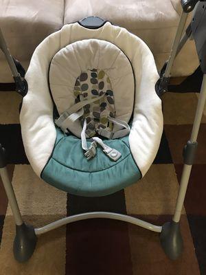 Graco baby swing for Sale in Rockville, MD