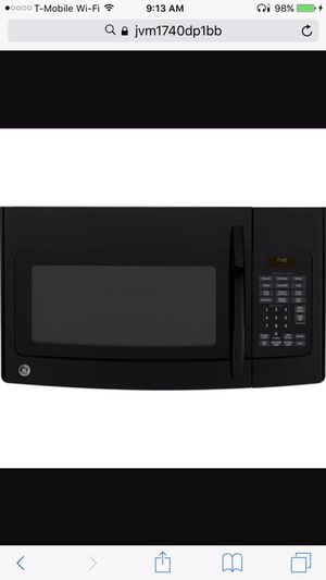 GE above range microwave oven for Sale in New York, NY