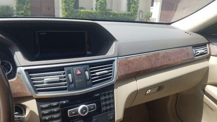2012 Mercedes-Benz E-Class Thumbnail