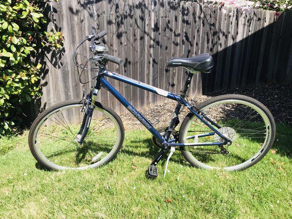 Schwinn 700c Trailway - hybrid bike - bicycle for Sale in Carmichael, CA -  OfferUp