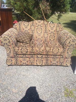 Loveseat for Sale in Arrington, VA