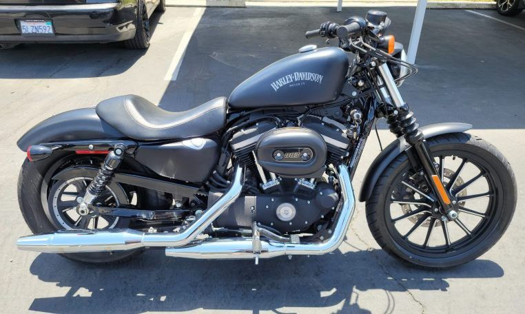 Photo 2014 Harley Davidson Sportster 883 Iron