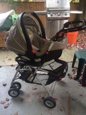 Graco Car Seat/Stroller for Sale in Rockville, MD