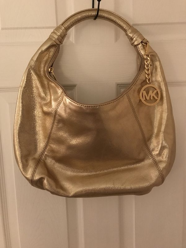 13a3cd47519e Authentic MICHAEL KORS HOBO STYLE HANDBAG LIKE NEW CONDITION (Clothing &  Shoes) in PA, US - OfferUp