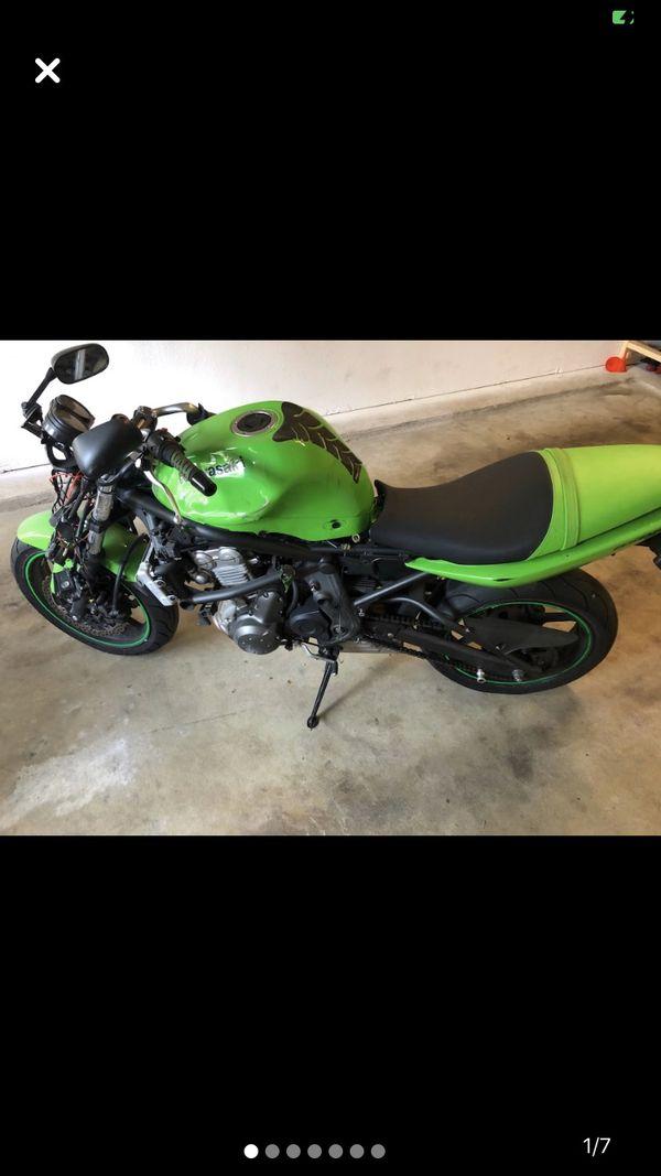 Kawasaki ninja 2008 - $1,100