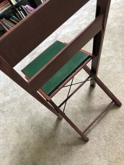 Five Beautiful antique chairs Thumbnail