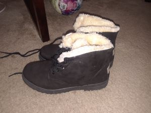 Cute black winter boot for Sale in Washington, DC