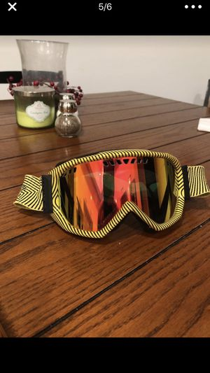 Smith Snowboarding goggles for Sale in Costa Mesa, CA