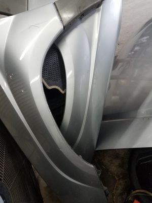 2003 Subaru forester Fenders left and right front for Sale in Laurel, MD