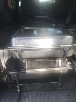 4 pc Staffing Dishes - Used in Great Condition Heavy Duty for Sale in Saint Charles, MO