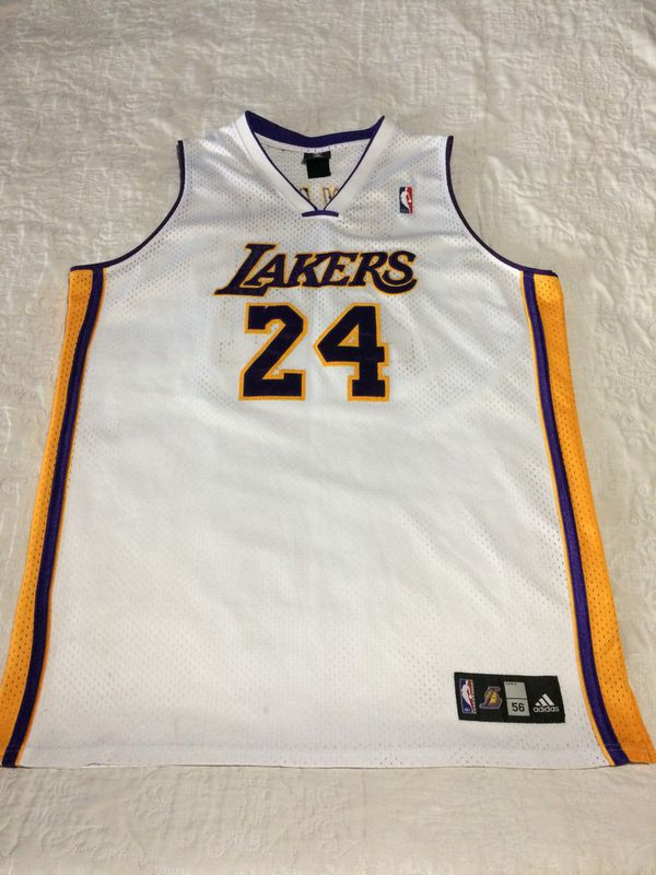 dc3dfb2ad Kobe Bryant Lakers Adidas Jersey (Clothing   Shoes) in Dallas