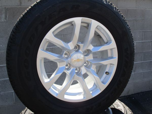 2019 Chevrolet Silverado Ltz 18 New Style Oem Wheels Goodyear Tires For Sale In Tucson Az Offerup