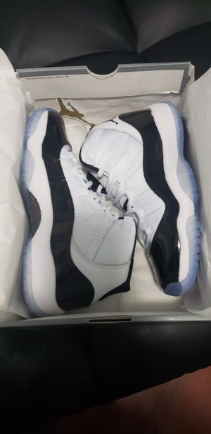 Jordan Retro 11 Concords Size 6 for Sale in Fort Washington, MD
