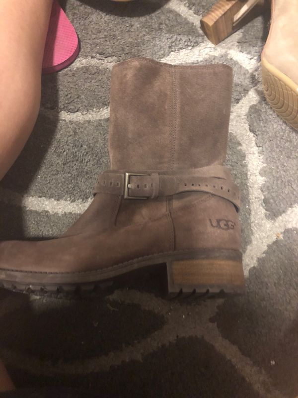 df6b61fd7b0 New and Used Ugg boots for Sale in Santa Barbara, CA - OfferUp