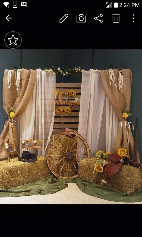 Rustic photo booths for your next event! Props included! for Sale in West  Palm Beach, FL - OfferUp