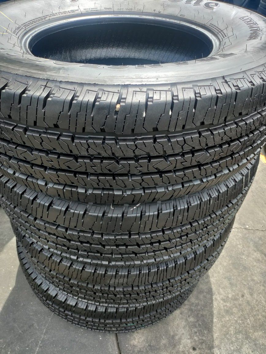 Set of 4 good used tires. LT275 /70 /R18. FIRESTONE TRANSFORCE