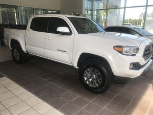 2018 Toyota Tacoma $299.00 a month for Sale in Orlando, FL