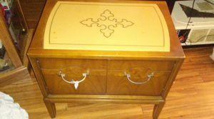 Antique end table set for Sale in Ankeny, IA