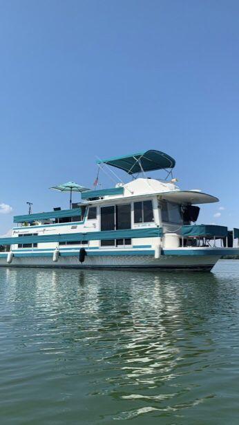 1977 42� gibson houseboat