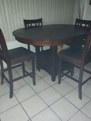 Comedor / Dining Table for Sale in Miami, FL