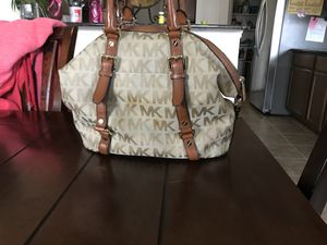 Micheal Kors bag for Sale in Dallas, TX