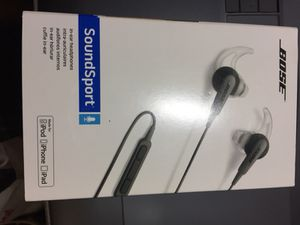 Bose sound sport in-ear head phones for Sale in Los Angeles, CA