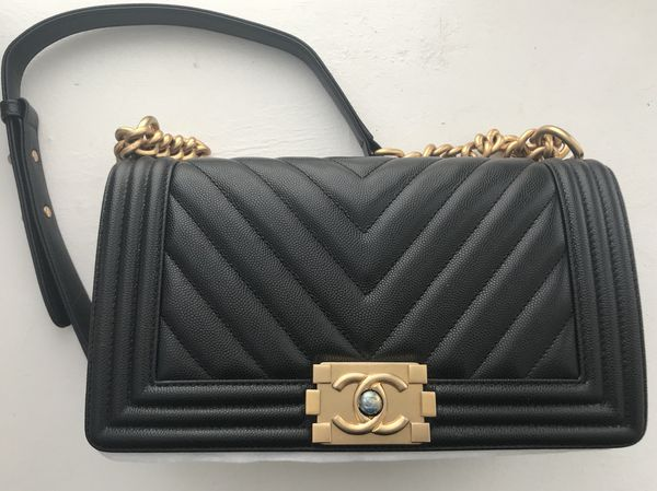 b39bb2bad91d Chanel medium boy bag in caviar leather for Sale in New York, NY ...