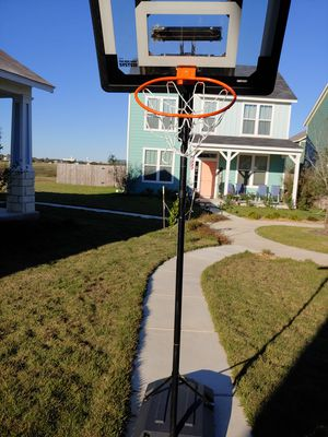 Free basketball hoop no holds for Sale in Kyle, TX
