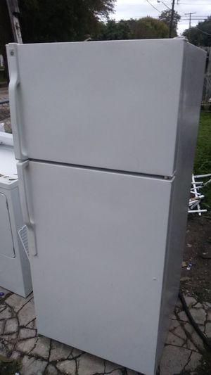 GE fridge for Sale in San Antonio, TX