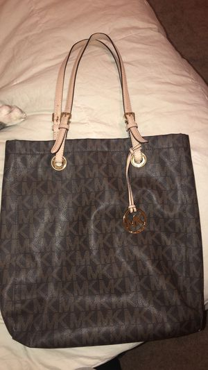 b7fae00ce983 New and Used Tote bag for Sale in San Marcos, TX - OfferUp