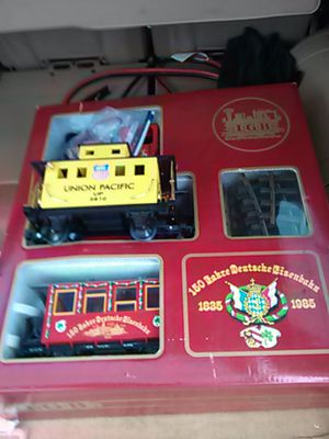 Photo Brand new train set made in germany well made...the track is solid brass...the locomotive is very heavy...
