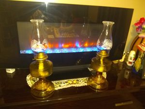Vintage full size oil lamps for Sale in Cleveland, OH