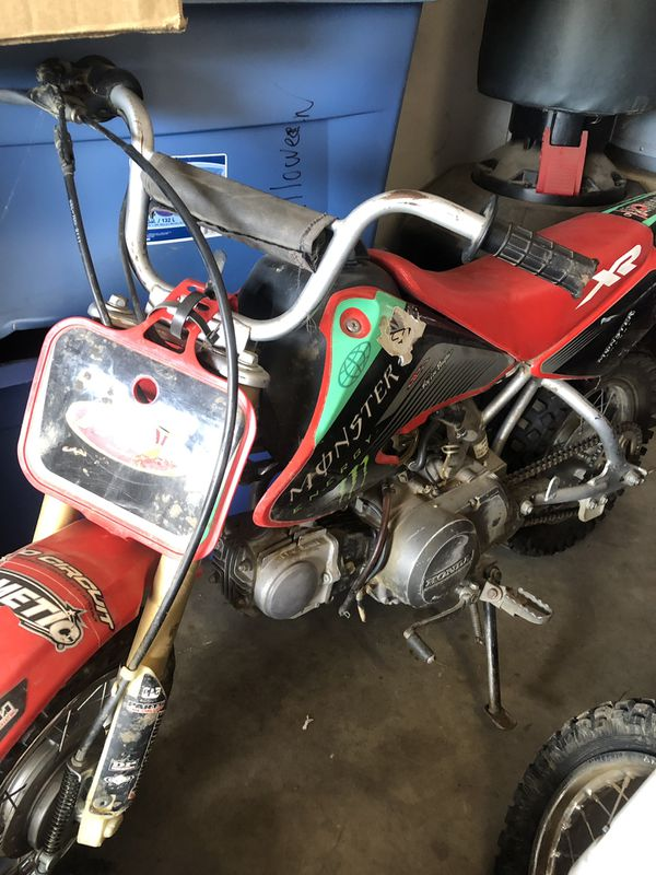 03 Honda Xr 50 pink slip in hand for Sale in Squaw Valley, CA - OfferUp