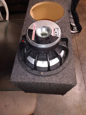 Photo 12 inch MTX 8000 in a dual ported box sounds great asking 150 or best offer pick up New cut road
