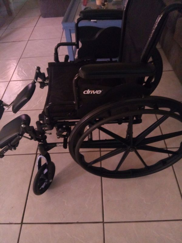 2 month old DRIVE wheelchair w/ accessories! for Sale in Cape Coral, FL -  OfferUp