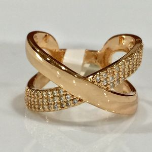 18k gold plated criss cross ring for Sale in Silver Spring, MD
