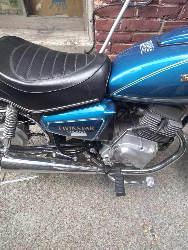 Photo 1981 Honda Twinstar Cm200t Beautiful Motorcycle