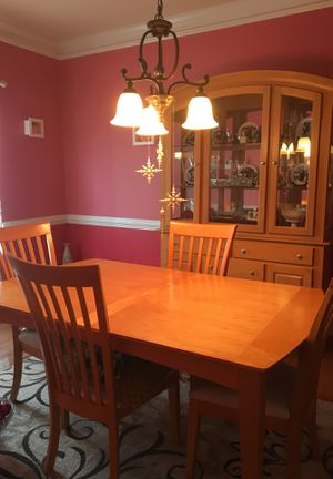 Dining table set for Sale in Midlothian, VA