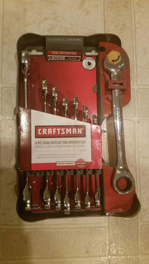 Craftsmen 8-piece dual ratcheting wrench set for Sale in Fort Meade, MD