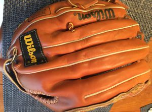 Wilson baseball glove for Sale in Germantown, MD