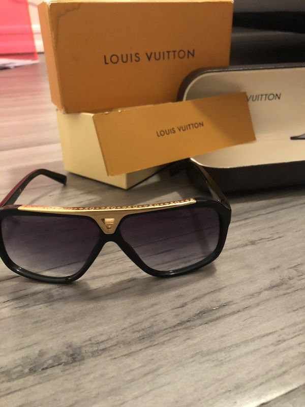 1208eaa5e7da Louis Vuitton Evidence Sunglasses for Sale in San Diego