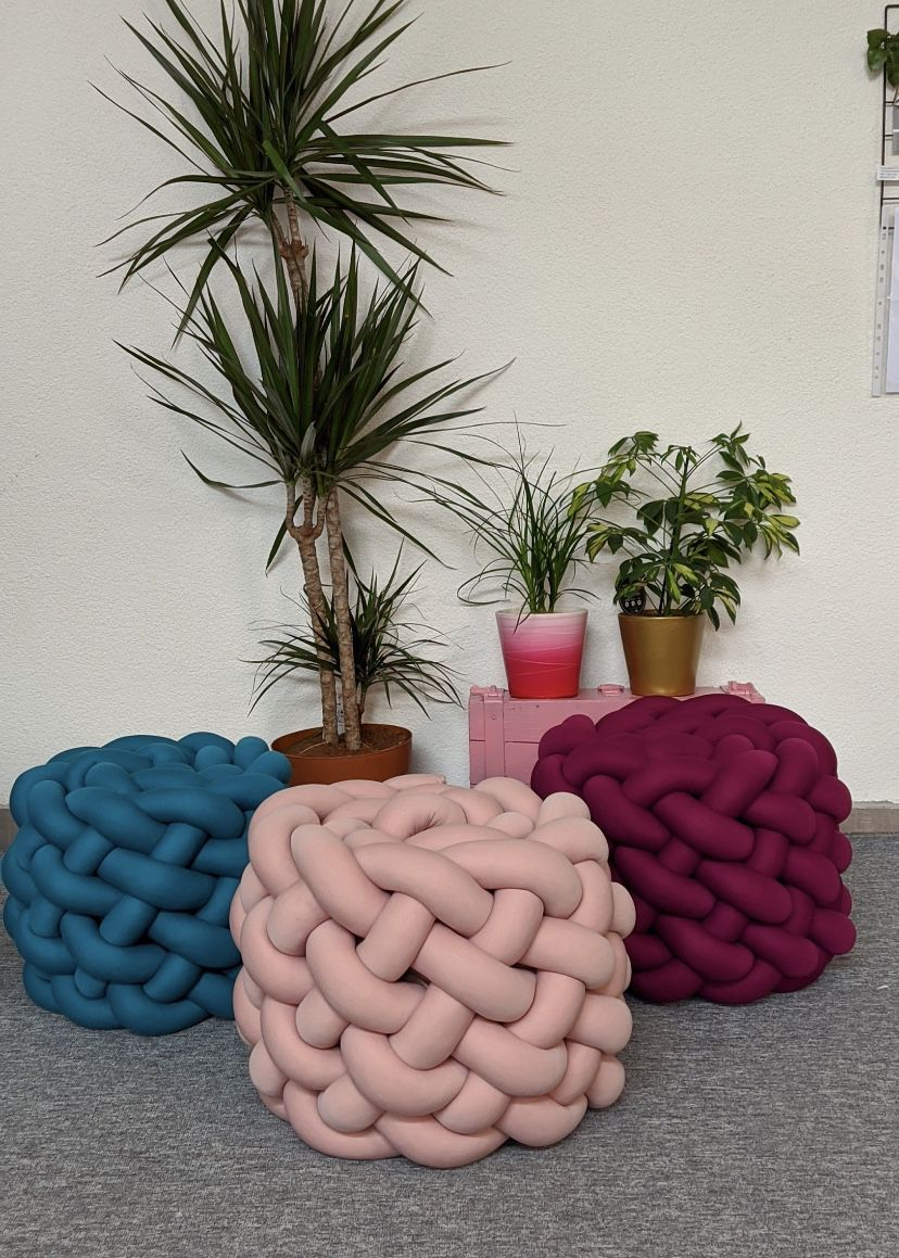 Giant knitted sitting stools(customizable)