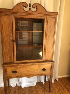 Antique Oak China Hutch for Sale in Gaithersburg, MD